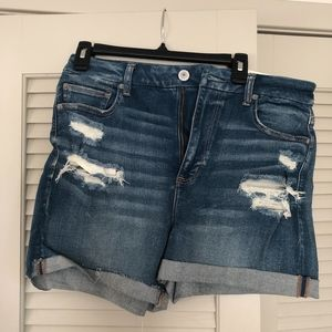 american eagle shorts/ size 14/ new w tags!